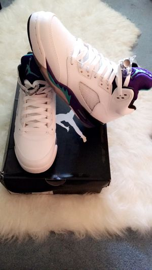 Retro Air Jordan White Grapes 5 size 6.5 youth grade school for Sale in Portland, OR