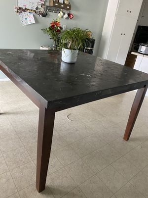 Dinning table for Sale in Whittier, CA