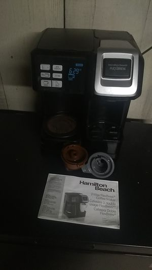 Hamilton Beach brand two way flex brew coffee maker. Missing carafe for Sale in Freeland, PA
