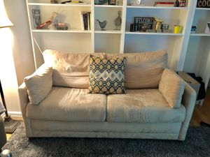 Comfy sleeper sofa from Jennifer Convertibles! for Sale in PECK SLIP, NY