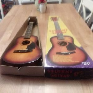 Student Guitar for Sale in MIDDLEBRG HTS, OH