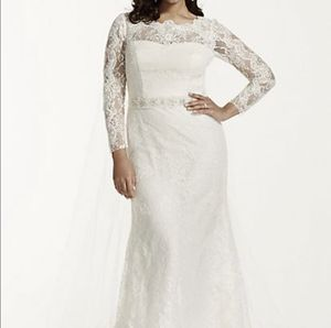 Long Sleeve Lace Plus Size Wedding Dress for Sale in Haverhill, MA