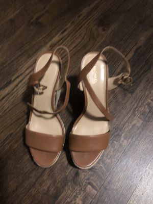 MK Wedges Brown Size 7 for Sale in Miami, FL