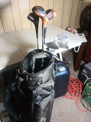Golf clubs w/Calloway bag and more! for Sale in Yonkers, NY