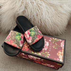 Women's Gucci Slides for Sale in Los Angeles, CA