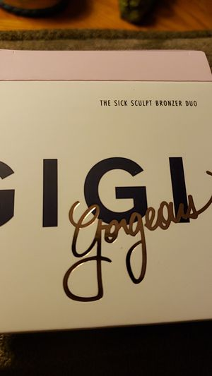 GiGi Gorgeous the sick sculpt bronzer duo for Sale in San Diego, CA