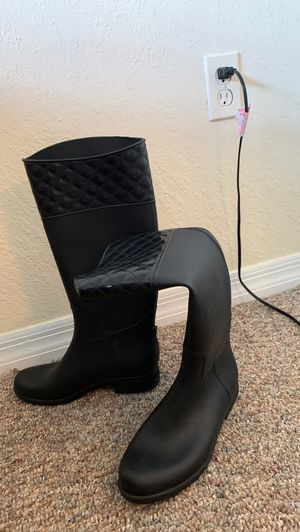 Rain Boots for Sale in Tampa, FL