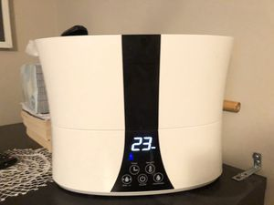 Air humidifier like new for Sale in Riverton, UT