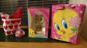 Tweety Porcelain Anniversary Collectible Clock for Sale in Norcross, GA