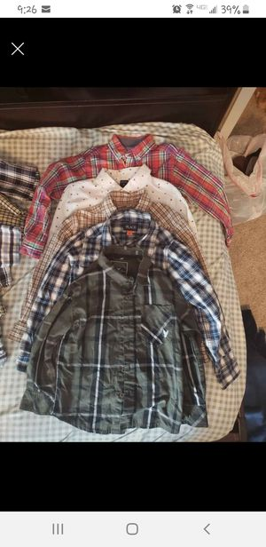Boy's button up collar shirts size 5 for Sale in Virginia Beach, VA