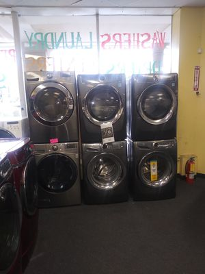 👍🎈🎈 Holiday especial new scratch and dent Front load sets washer and dryer gas or electric 6months warranty for Sale in McDonogh, MD