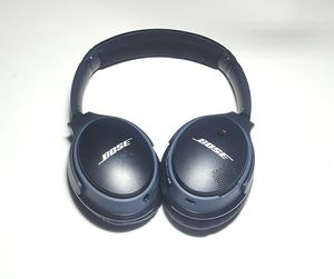 Bose Soundlink Around-Ear Wireless Headphones II for Sale in Riverdale, MD
