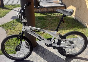 20' MONGOOSE - BIONIC FREESTYLE BMX BICYCLE - BICICLETA for Sale in Lynwood, CA