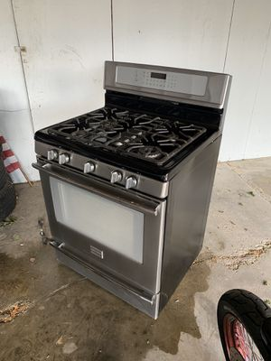Frigidaire Gas Range Stove for Sale in Londonderry, NH