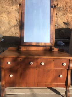 Vanity Dresser With Mirror Antique for Sale in O'Neals,  CA