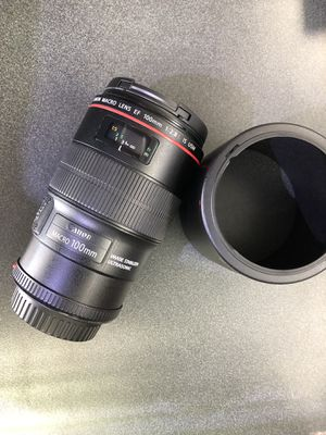 Canon 100mm macro lenses for Sale in North Miami, FL