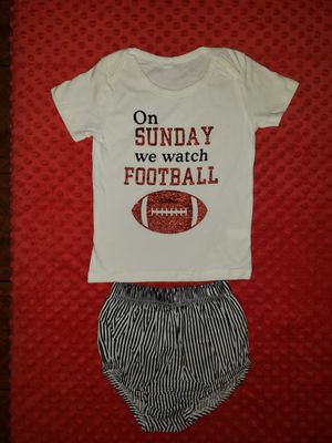 Toddler girl football outfit for Sale in Baldwin Park, CA
