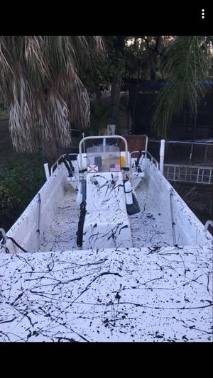 17ft Carolina skiff LIKE NEW for Sale in Kenneth City, FL