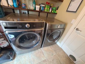 Kenmore Elite smart washer/dryer set 3 months old for sale. for Sale in Columbus, OH