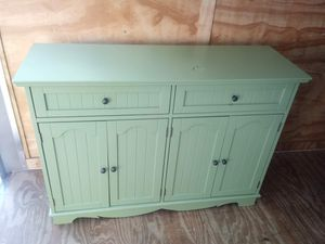 Buffet cabinet for Sale in Fort Meade, FL