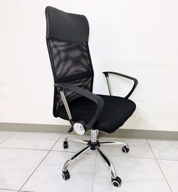 New in box $60 High Back Computer Mesh Chair Home Office Adjustable Height for Sale in Whittier,  CA