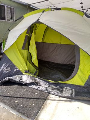 Coleman 5-Person Instant Dome Tent. Used good condition for Sale in Windsor Hills, CA