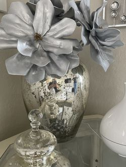 Ginger Jar, Vase ,Decor . Z Gallerie . for Sale in Hialeah,  FL