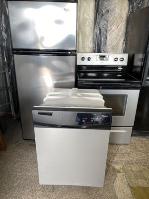 4pc Whirlpool appliance set for Sale in Dallas, TX