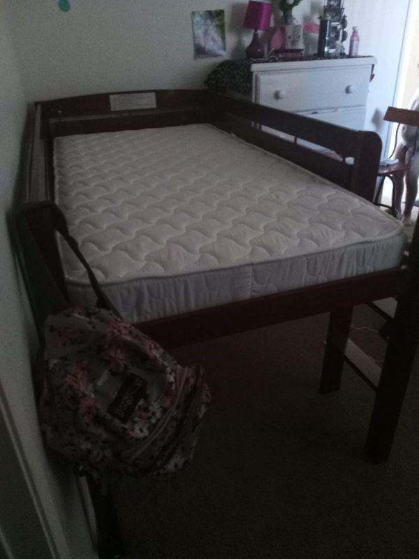 Frame twin no mattress