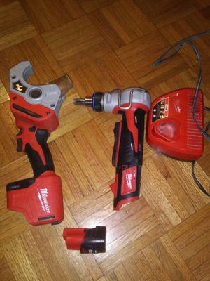 Milwaukee M12 propex expansion tool with free M12 pipe shear for Sale in Bladensburg, MD