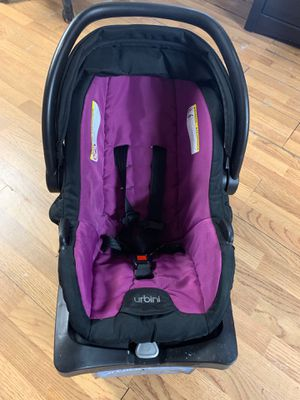 Urbini carseat with stroller for Sale in Pasadena, TX