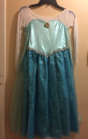Halloween Elsa Dress size 7/8 for Sale in Moreno Valley, CA