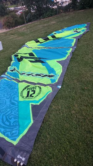 Naish Pivot 12 kiteboarding kite and mystic majestic harness for Sale, used for sale  Portland, OR