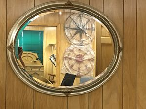 Oval Hanging Wall Mirror for Sale in Wellsville, PA