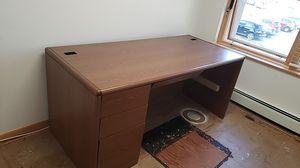 Free desk for Sale in Oak Park, IL