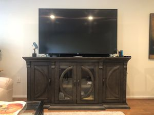 TV Stand- Media Consoul for Sale in Clifton, VA