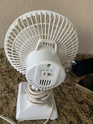 Retro fan perfect for you night stand for Sale in North Las Vegas, NV