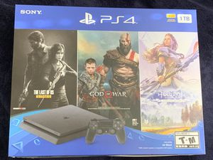 Sony PlayStation 4 Bundle with The Last of Us: Remastered, God of War & Horizon Zero Dawn: Complete Edition SEALED for Sale in Miami, FL