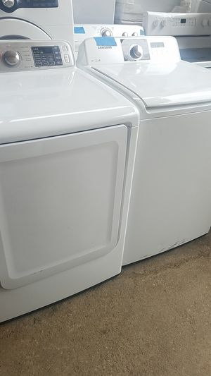 Samsung dryer and washer set excellent condition 4 months warranty for Sale in Baltimore, MD