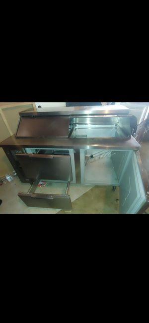 Refrijerador para comidas frias for Sale in Lakewood, CA