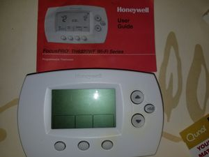 Honeywell wifi programmable thermostat for Sale in Saint Petersburg, FL