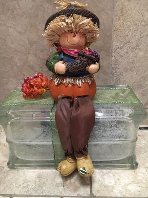 Cute Scarecrow Light for Fall for Sale in Arlington, TX