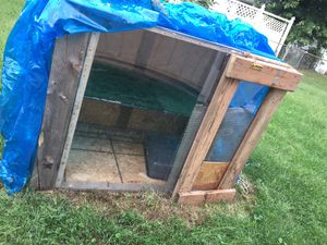 Dog house reptile cage whatever you want to use it for has a door to open in close plexiglass all around it for Sale in Columbus, OH