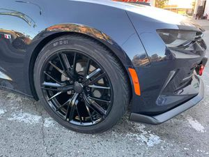 """Camaro zl1 style 20"""" new rims tires set for Sale in Hayward, CA"""