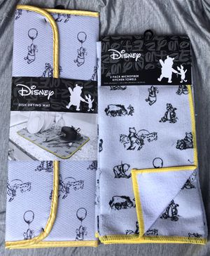 Winnie the pooh Drying mat & towels new for Sale in Riverside, CA