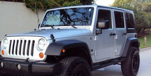 Fullyy a/c 07 Suv Jeep V6 4X4 $1800 Wrangler Unlimited for Sale in Bellevue, WA