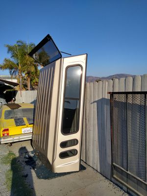 Full size camper shell complete with attachments to installed on your truck for Sale in Chula Vista, CA