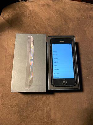 iPhone 5 32gb for Sale in Renton, WA