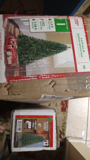 Xmas trees 6.5 ft jackson spruce and a4 ft colorado pine for Sale in Merritt Island, FL