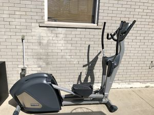 Elliptical Workout Machine for Sale in Dearborn Heights, MI